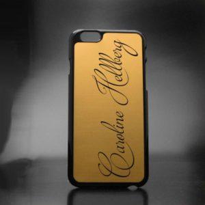iPhone-skal med personlig gravyr